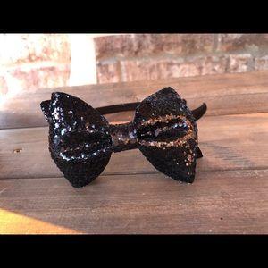 Black Sparkly Bow headband :)